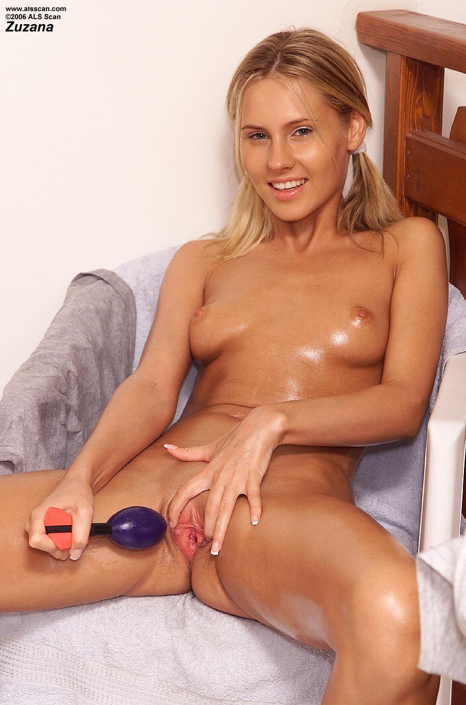 Images Of Naked Norwegian Women